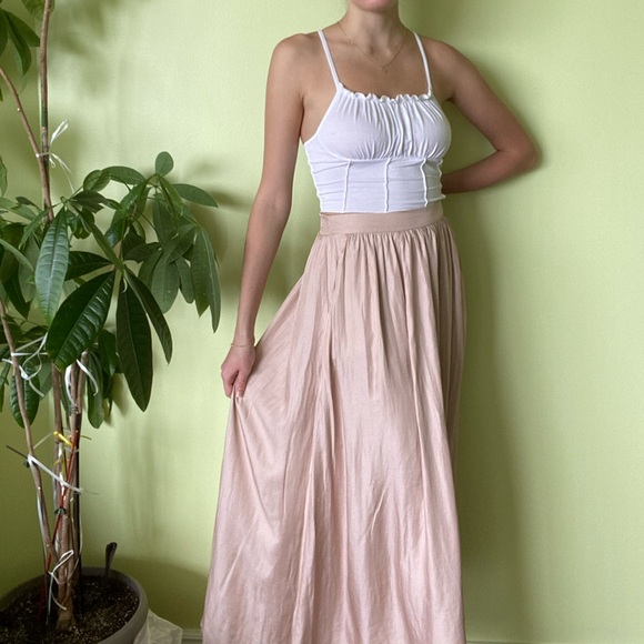 BRAND NEW WITH TAGS Pink skirt